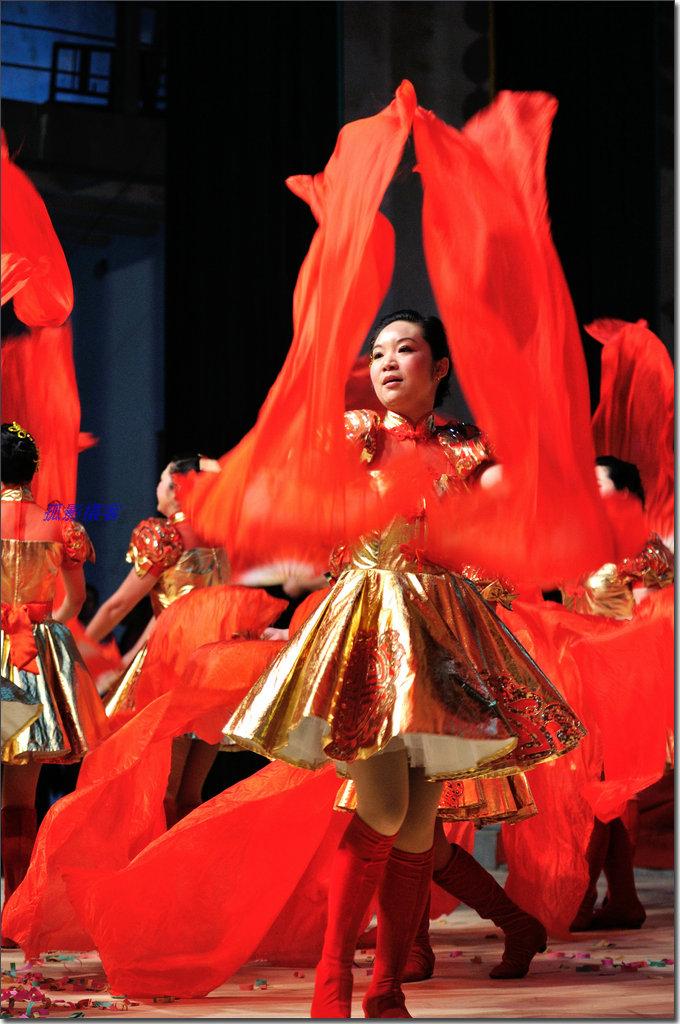 英山丽人 舞动青春—庆三八广场舞剪影图片